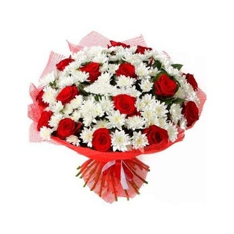 beyaz lilyum ve kırmızı gül buket Gül & Papatya Buket