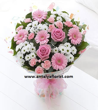 antalya flowers shop Stylish Pink & White Bouquet